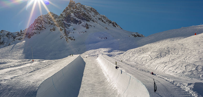 France_Espace-killy-ski-area_Tignes_halfpipe.jpg